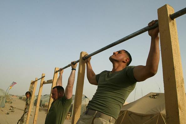Sports Training「U.S. Marines Train In Kuwait」:写真・画像(4)[壁紙.com]