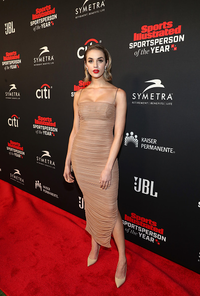 The Beverly Hilton Hotel「Sports Illustrated 2018 Sportsperson Of The Year Awards Show - Arrivals」:写真・画像(19)[壁紙.com]