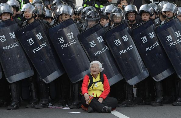 Women「Korean Confederation Of Trade Unions (KCTU) Goes On Strike」:写真・画像(12)[壁紙.com]
