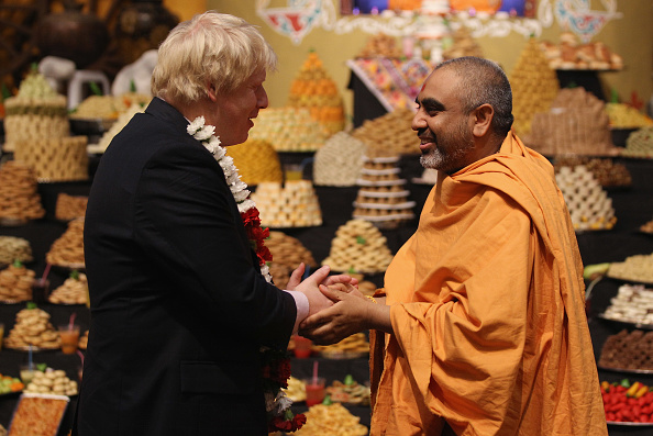 Template「Mayor Of London Boris Johnson Marks Diwali At A Hindu Temple」:写真・画像(17)[壁紙.com]