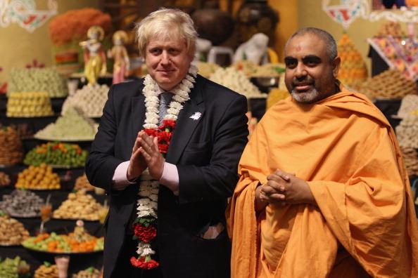 Template「Mayor Of London Boris Johnson Marks Diwali At A Hindu Temple」:写真・画像(18)[壁紙.com]