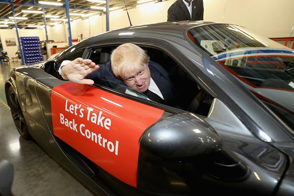 Vote Leave Campaign「Boris Johnson Delivers Stump Speech For The Vote Leave Referendum Campaign」:写真・画像(14)[壁紙.com]