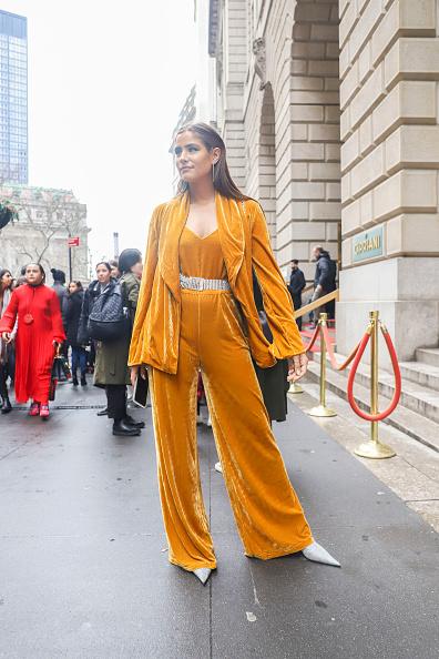 Achim Aaron Harding「Street Style - New York Fashion Week February 2019 - Day 2」:写真・画像(9)[壁紙.com]
