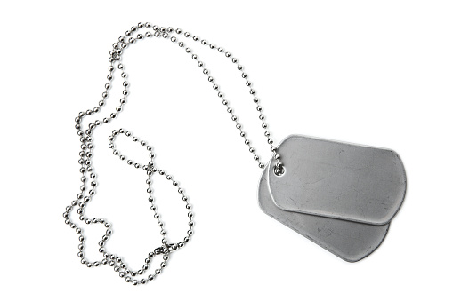 Military「Blank dogtags and ball chain on white background」:スマホ壁紙(12)