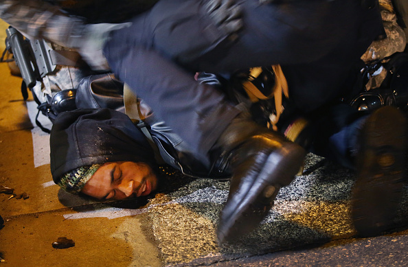 USA「Holiday Shopping Begins In Ferguson As Protests Continue」:写真・画像(0)[壁紙.com]