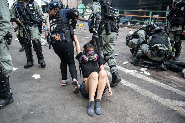 Arrest「Anti-Government Protests in Hong Kong」:写真・画像(7)[壁紙.com]