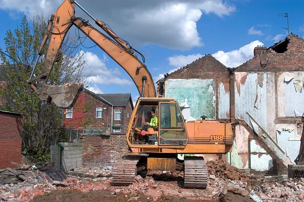 Dust「Council Estate being demolished, Salford, Greater Manchester」:写真・画像(12)[壁紙.com]