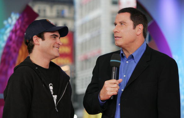Emergence「MTV TRL With John Travolta And Joaquin Phoenix」:写真・画像(15)[壁紙.com]