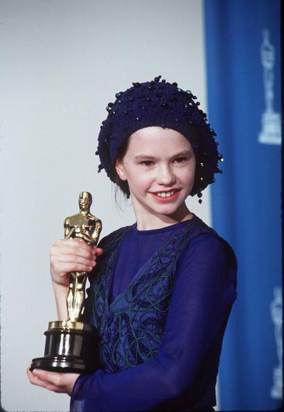 Academy Awards「Anna Pasquin At 1994 Oscars」:写真・画像(10)[壁紙.com]