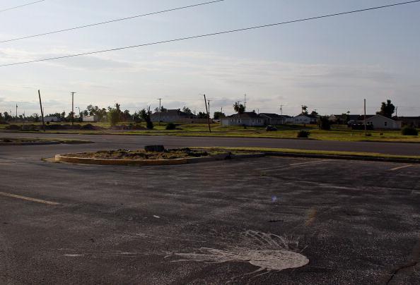 Missouri「Joplin, Missouri Marks One Year Anniversary Of Deadly Tornado」:写真・画像(5)[壁紙.com]