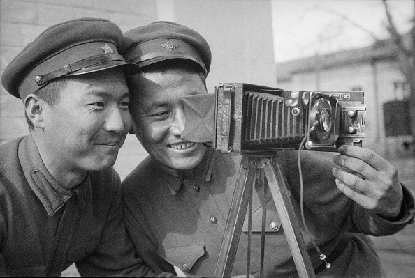 Uzbekistan「Two Soldiers」:写真・画像(12)[壁紙.com]