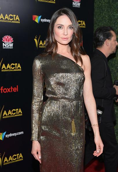 Pencil Dress「8th AACTA International Awards - Arrivals」:写真・画像(10)[壁紙.com]