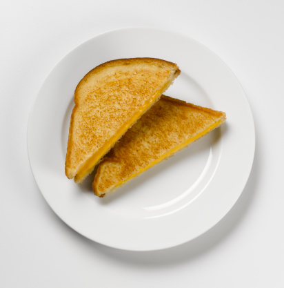 Toasted Food「Grilled cheese sandwich on plate, overhead view」:スマホ壁紙(4)