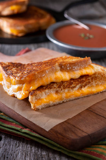 Grilled Cheese Sandwich:スマホ壁紙(壁紙.com)