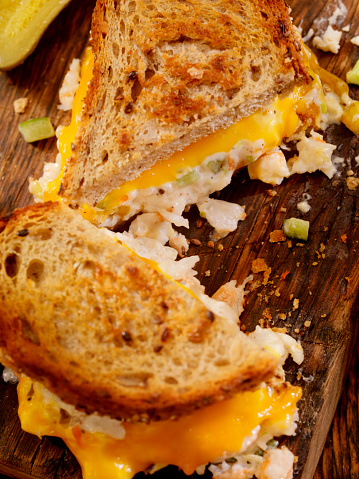 Toasted Food「Grilled Cheese Seafood Salad Sandwich」:スマホ壁紙(2)