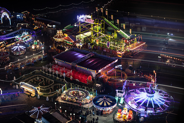 Hyde Park - London「London's Winter Wonderland Opens To The Public」:写真・画像(4)[壁紙.com]