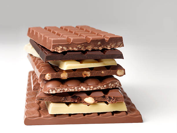 Stack of chocolate bars:スマホ壁紙(壁紙.com)