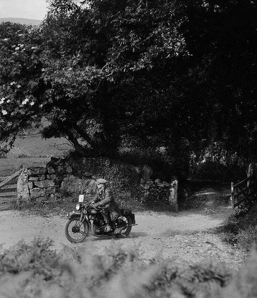 Hove「Motorcycle of WT Taylor, Brighton and Hove Motor Club Brighton-Beer Trial, 1930」:写真・画像(5)[壁紙.com]