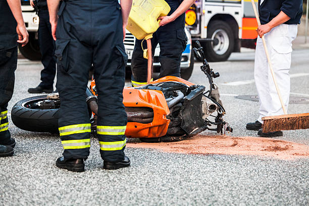 motorcycle accident:スマホ壁紙(壁紙.com)