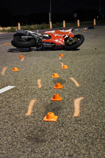 Motorcycle「Motorcycle Wreck」:スマホ壁紙(2)