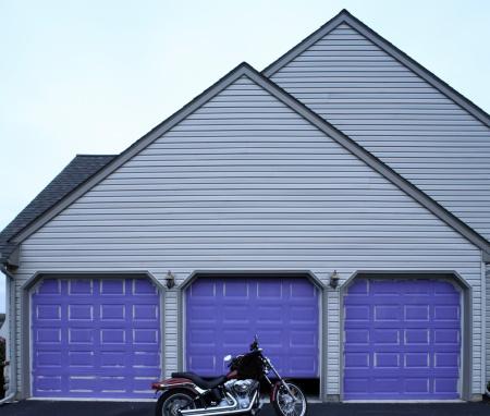 Motorcycle「Motorcycle in driveway」:スマホ壁紙(18)