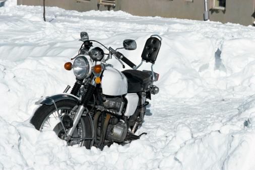 自転車・バイク「Motorcycle in snow」:スマホ壁紙(17)