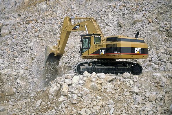 Finance and Economy「Caterpillar 365L ME crawler excavator.」:写真・画像(1)[壁紙.com]