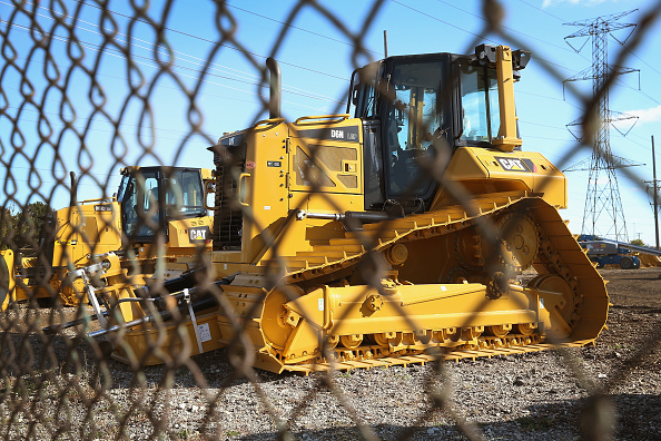 道具類「Caterpillar Announces Q3 Earnings As Demands For Machinery Remain Weak」:写真・画像(5)[壁紙.com]