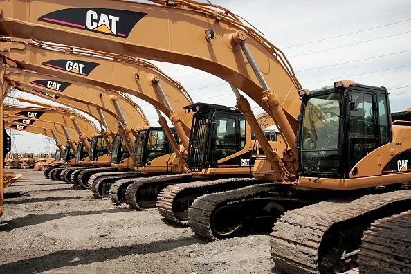 道具類「Caterpillar's 1st Quarter Profit Rises 45 Percent」:写真・画像(7)[壁紙.com]