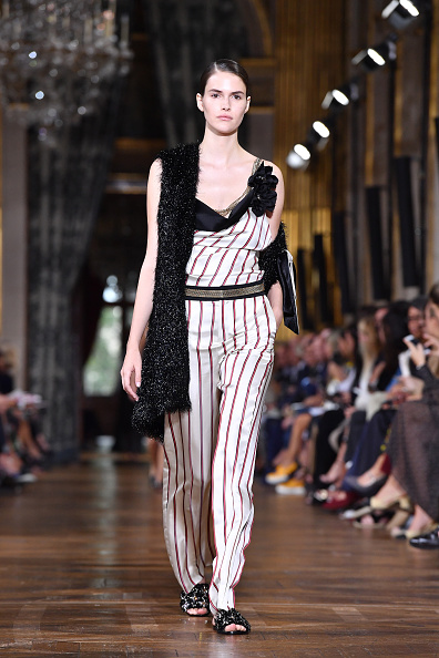 Lanvin「Lanvin : Runway - Paris Fashion Week Womenswear Spring/Summer 2017」:写真・画像(5)[壁紙.com]