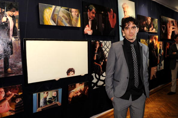 "Bryan Bedder「Vincent Fantauzzo's ""30 Portraits 30 Days, NYC"" Exhibition Opening」:写真・画像(1)[壁紙.com]"