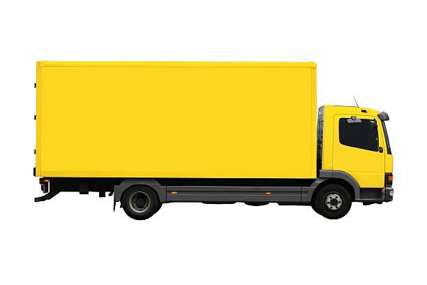 Large, yellow moving truck isolated:スマホ壁紙(壁紙.com)