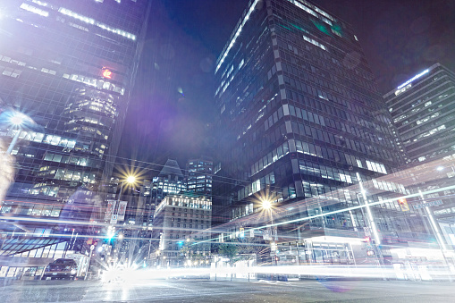 City Street「Light trails in Vancouver City center」:スマホ壁紙(16)