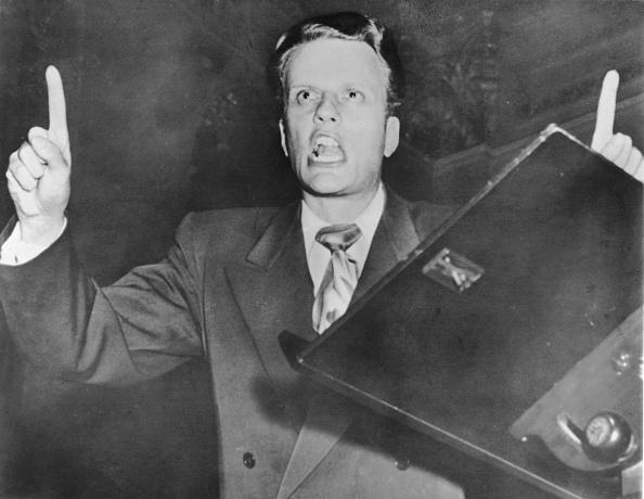 Preacher「American Evangelist Billy Graham Preaching」:写真・画像(2)[壁紙.com]