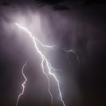 Thunderstorm「lightning」:スマホ壁紙(5)