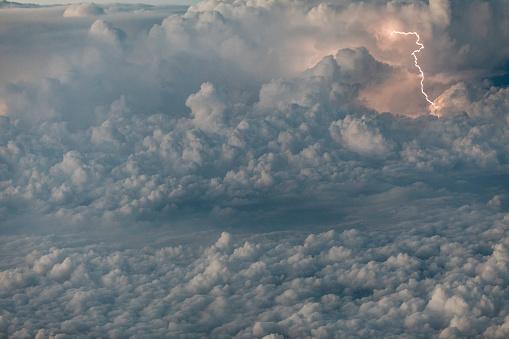 雷「lightning」:スマホ壁紙(7)