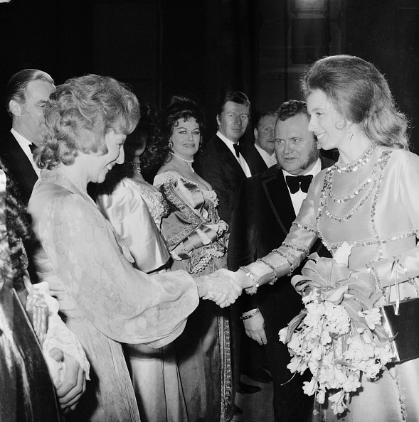 Bouquet「Royal Variety Performance」:写真・画像(4)[壁紙.com]