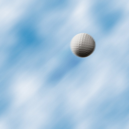 Golf Ball「Golf ball flying through air」:スマホ壁紙(12)