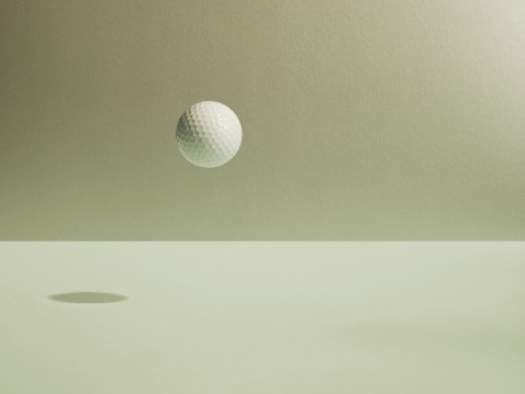 Golf Ball「Golf ball floating」:スマホ壁紙(19)