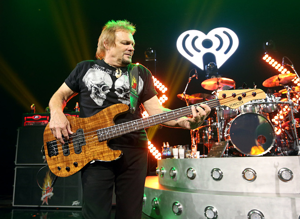 Stage - Performance Space「iHeartRadio ICONS With Sammy Hagar And The Circle: Inside The Making of Space Between At The iHeartRadio Theater LA」:写真・画像(13)[壁紙.com]