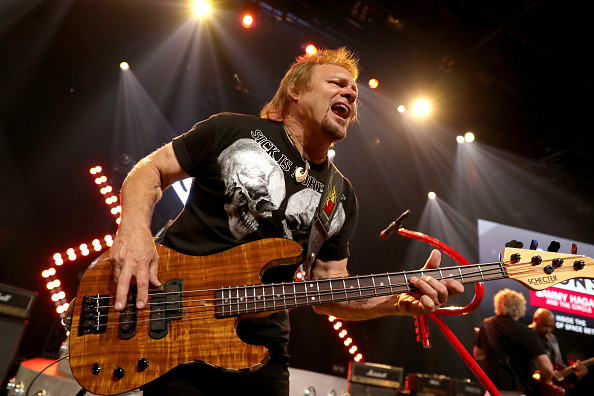 Stage - Performance Space「iHeartRadio ICONS With Sammy Hagar And The Circle: Inside The Making of Space Between At The iHeartRadio Theater LA」:写真・画像(10)[壁紙.com]