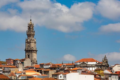 バケーション「Tower of Clérigos church in Porto」:スマホ壁紙(19)