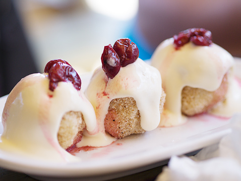 Sour Cream「Sweet dumplings with sour cream and sour cherries」:スマホ壁紙(5)