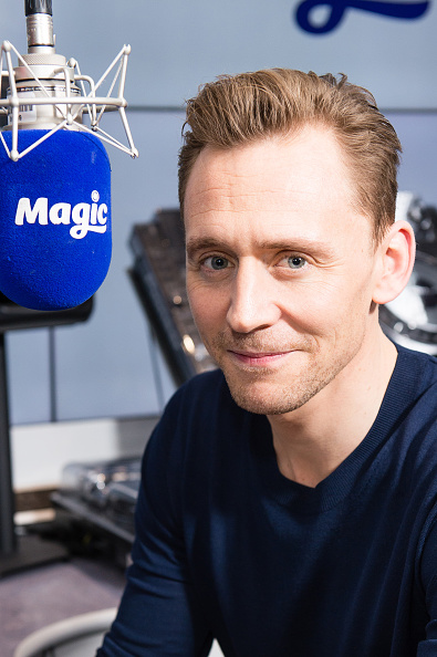 Magic Kingdom「Tom Hiddleston Visits Magic Radio」:写真・画像(18)[壁紙.com]