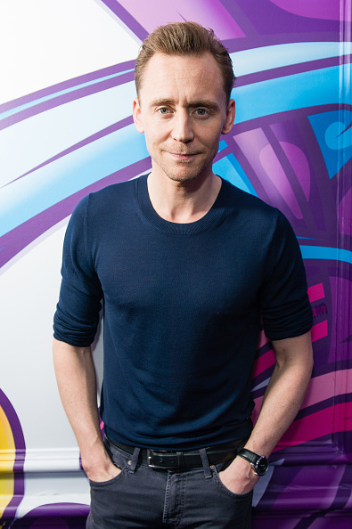 Magic Kingdom「Tom Hiddleston Visits Magic Radio」:写真・画像(4)[壁紙.com]