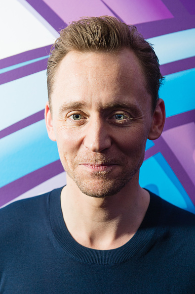 Magic Kingdom「Tom Hiddleston Visits Magic Radio」:写真・画像(9)[壁紙.com]