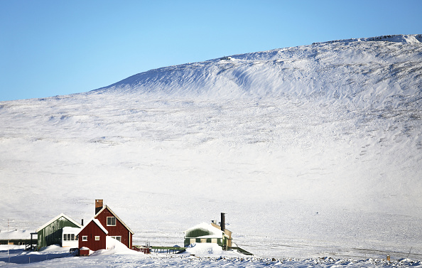 Thule Air Base「NASA Continues Efforts To Monitor Arctic Ice Loss With Research Flights Over Greenland and Canada」:写真・画像(9)[壁紙.com]