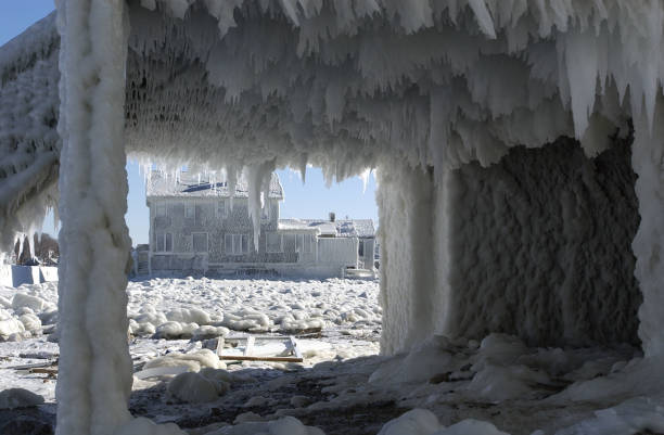 Massachusetts Communitee Covered With Ice From East Coast Storm:ニュース(壁紙.com)