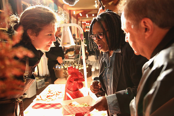 Chicken Meat「Chicken Coupe Hosted By Whoopi Goldberg - Food Network & Cooking Channel New York City Wine & Food Festival presented By FOOD & WINE」:写真・画像(11)[壁紙.com]