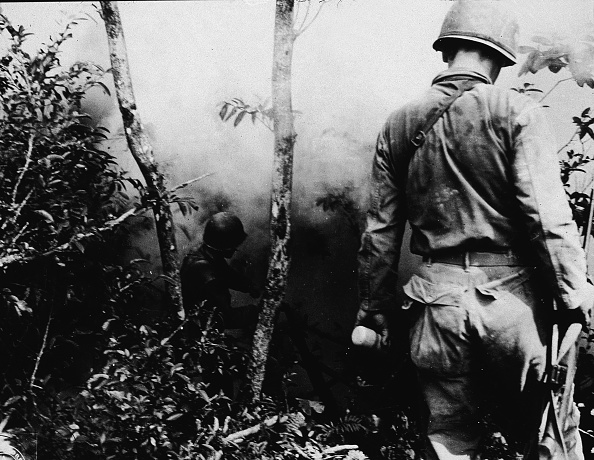 Two People「Anti-Sniper Operations, Okinawa」:写真・画像(16)[壁紙.com]